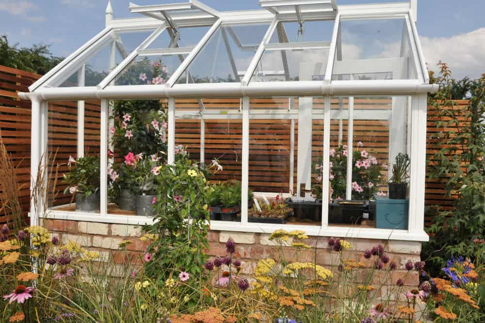 How to Use a Greenhouse to Its Fullest Potential